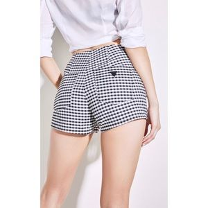 new✨GUESS hi-rise gingham shortie shorts